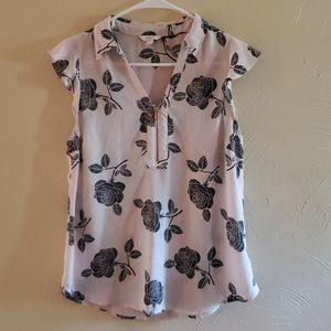 Candie's Floral Blouse Size M